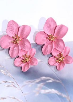 Длинные серьги розовые цветы