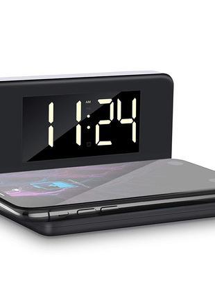 Часы настольные с беспроводной зарядкой колонка будильник