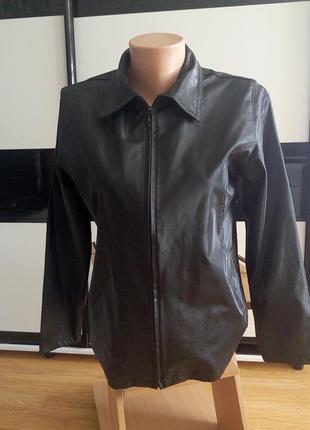 Куртка ветровка,пиджак, под кожу.италия.