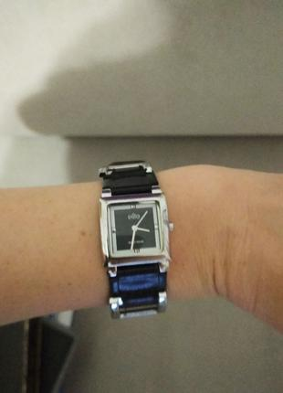 Стильные наручные женские часы Elite