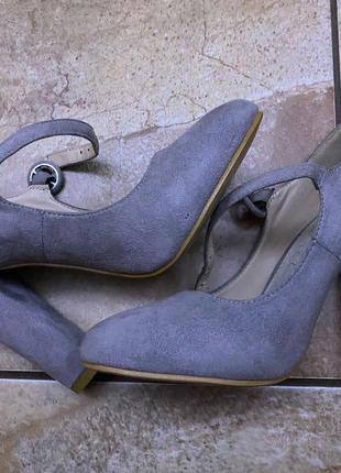 Замшеві туфлі,35 розмір ноги