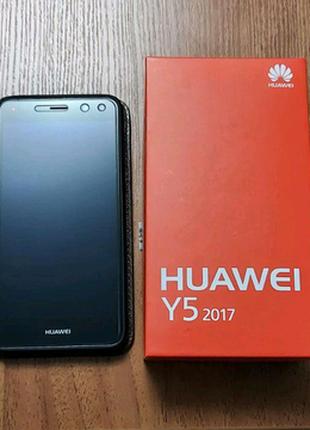 Huawei Y5 2017 + подарок