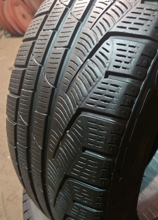 Одиночка 245/45 r17 Pirelli Sottozero Winter 210 serie 2