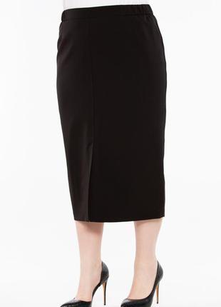 Черная классическая юбка карандаш на 60/62 размер
