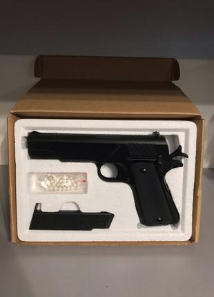 Большой игрушечный, металлический пистолет Cyma Zm 19