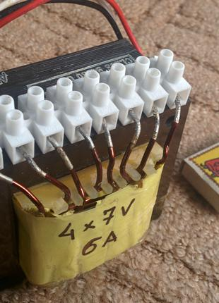 Мощные трансформаторы 4 х 7.5 В ( 2х15 В или 30 В) ток 6 А.