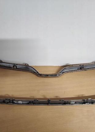 3V0853761B Хром окантовка решетки радиатора на Skoda Superb 3 III