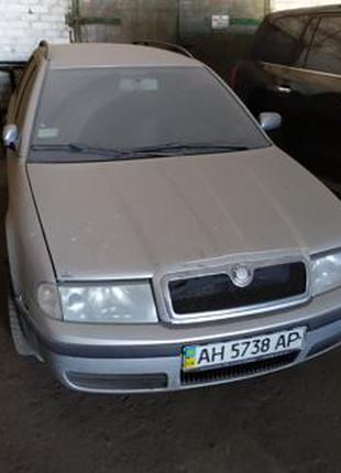 Продажа авто б/у Skoda Octavia Tour