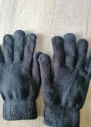 Перчатки в отличном состоянии