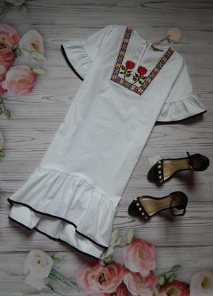 Оригинальное хлопковое платье свободного кроя с вышивкой от bo...