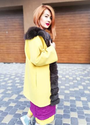 Кашемировле пальто с мехом