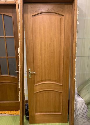 Продам білоруські двері золотистий дуб
