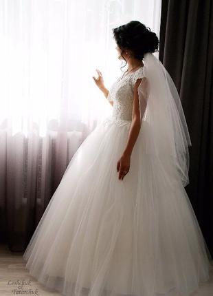Свадебное платье цвета - Айвери