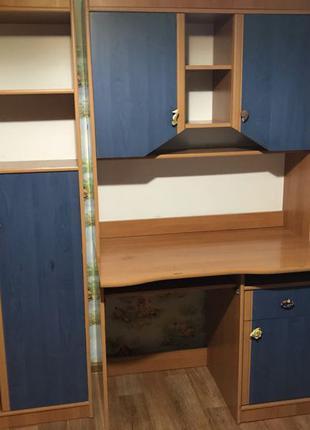 Детская стенка для школьника. 4 модуля со шкафом-пеналом и столом