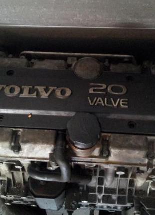 Разборка Volvo 850 T5 (1995), двигатель 2.0 B5204T