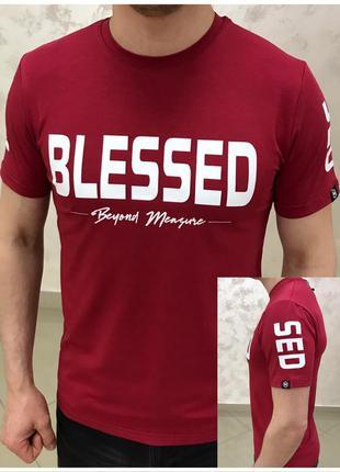 Футболка красная с принтом blessed