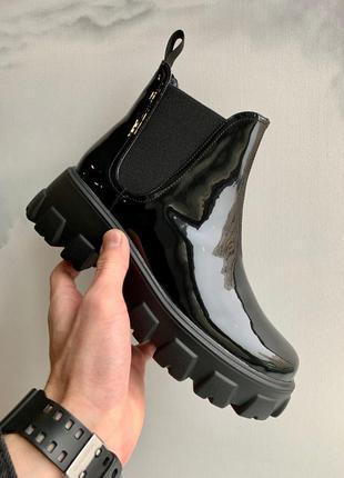 Prada patent leather beatle boots женские кожаные ботинки челси