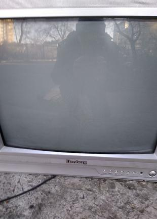 Телевизор Elenberg 2116