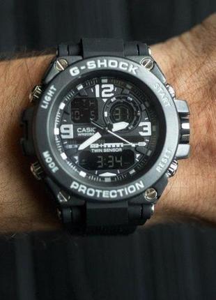 Мужские спортивные часы casio g-shock polimer white