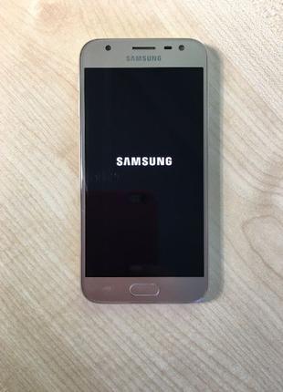 Смартфон Samsung Galaxy J3 J330F (55612) Уценка