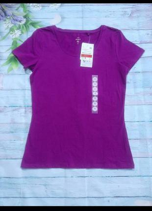 Базовая фиолетовая футболка