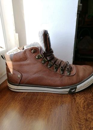 Женские ботинки, кеды, обувь Mustang