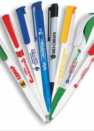 Нанесение логотипа на ручках, зажигалках
