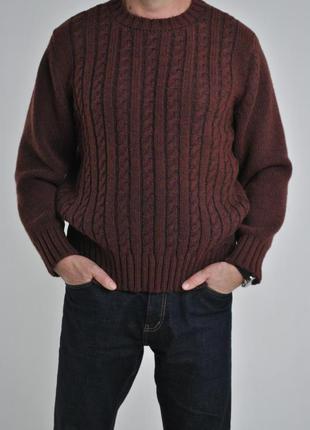 Вязаный свитер из шерсти с косами