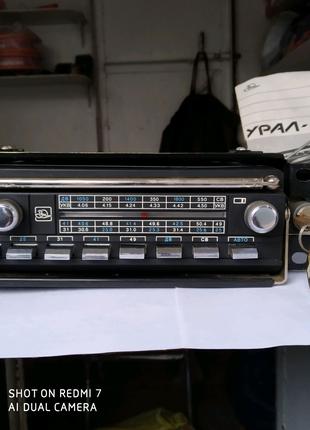 Новый Автомобильно-переносной радиоприемник. Урал-авто-2