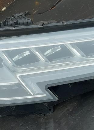 Audi A4 B9 Фара 8W0941784A  8W0941036