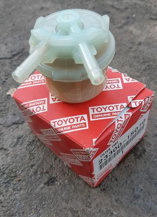 Фильтр топливный toyota 23300-15010