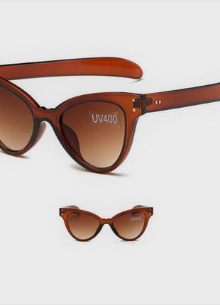Коричневые солнцезащитные женские очки новинка лисички кошечки