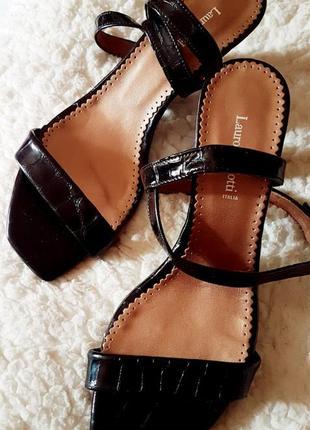 Sale !!! эксклюзивные босоножки с квадратным носком из кожи  1...