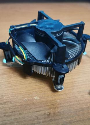 Кулер Intel к компьютеру , кулер для процессора