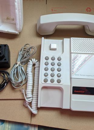 Телефон с автоответчиком на кассете GoldStar B6400