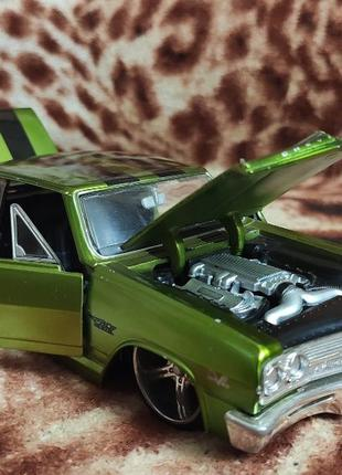 Модель Chevrolet Cbhevelle Malibu SS 1965 Prorodz Maisto Green