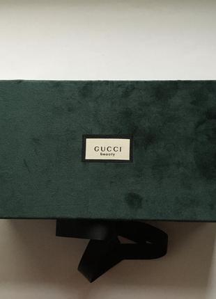 Коробка подарочная брендовая бархатная