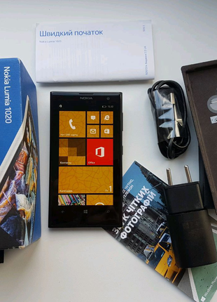 Nokia Lumia 1020 с комплектом