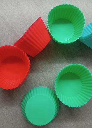 Силиконовые формы для выпечки. кексы. круглые
