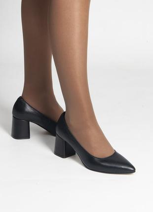 Элегантные туфли на каблуке 6 см для важного свидания
