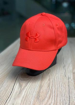 Кепка under armour red