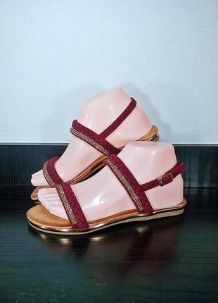 Замшевые женские сандалии босоножки.