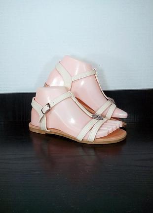 Женские сандалии босоножки.