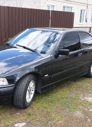 BMW 318 год:2000
