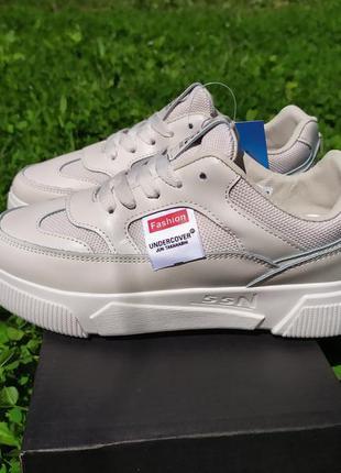 Стильные кроссовки кеды криперы беж
