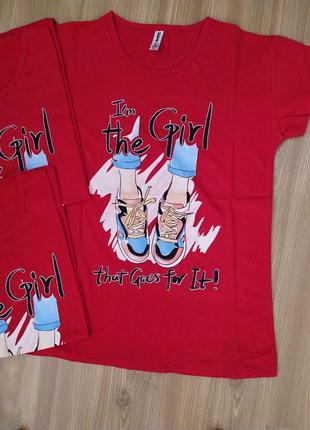 Трендовая футболка с принтом красная турция