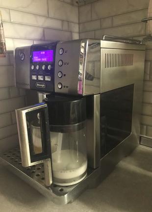 Кофемашина Delonghi PrimaDonna 6600