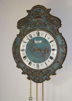 Настенные часы Hermle с состаренным циферблатом из Америки