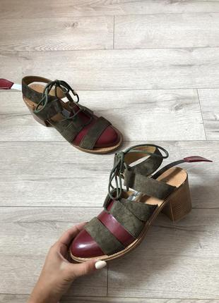 Замшеві босоніжки /босоножки сандали замшевые next - 40/25.5 см