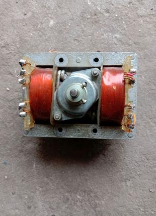 Трасформатор двигатель